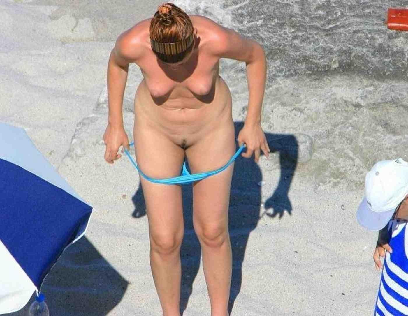 Подглядывание за девушками в душе на пляже в спальне на